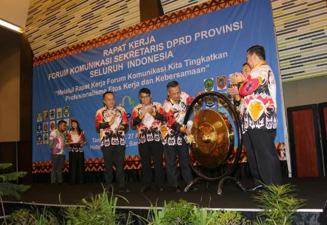 Sekdaprov Buka Raker Forum Komunikasi Sekwan Se-Indonesia