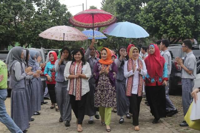 PemProv Lampung, OASE Kabinet Kerja, BPJS Kesehatan, Kementerian Kesehatan dan BKKBN Laksanakan Pemeriksaan IVA/Pap Smear Serentak di 10 Kabupaten/Kota Seluruh Indonesia.