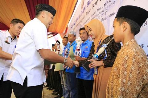 Anugerah TOP BUMD 2017 Awal Kebangkitan PT Lampung Jasa Utama