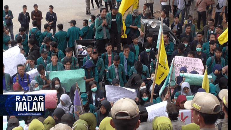 Mahasiswa Deadline DPRD Lima Hari